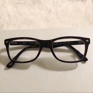 Ray-Ban Glasses 🖤